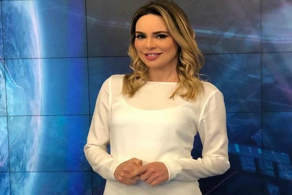 Jornalista Rachel Sheherazade teve sua saída anunciada por email