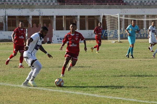 Potiguar e Central empataram em 0 a 0 no Estádio Nogueirão