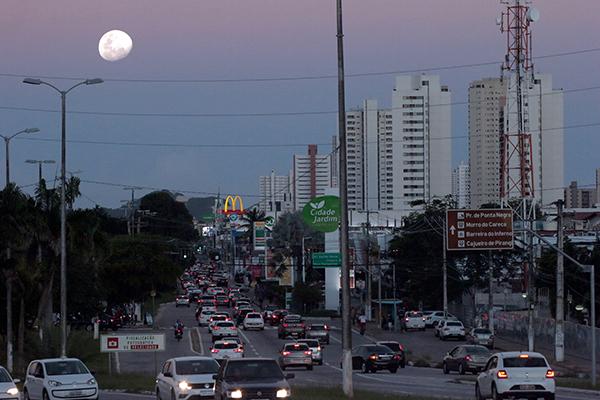 Mudanças na sinalização da rodovia, uma das mais movimentadas de Natal, está em curso pelo Detran e Secretaria de Infraestrutura