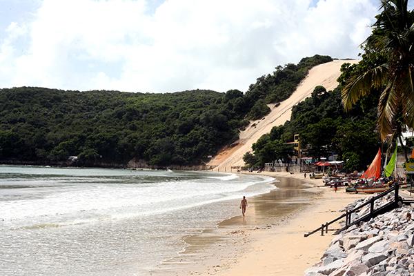 Homem foi preso no entorno da praia de Ponta Negra após denúncia anônima feita ao 127