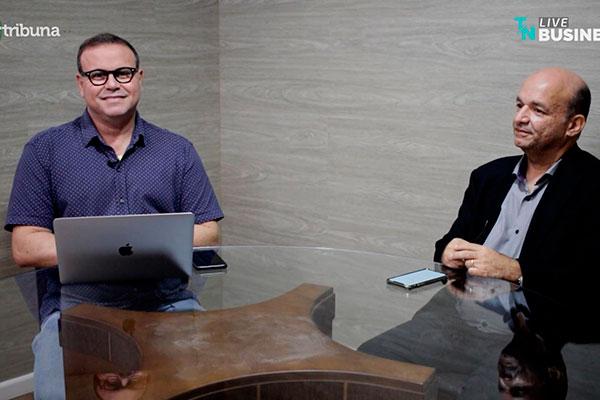 Flávio Oliveira recebeu o hoteleiro Abdon Gosson, que apontou os principais desafios do setor para a retomada do crescimento