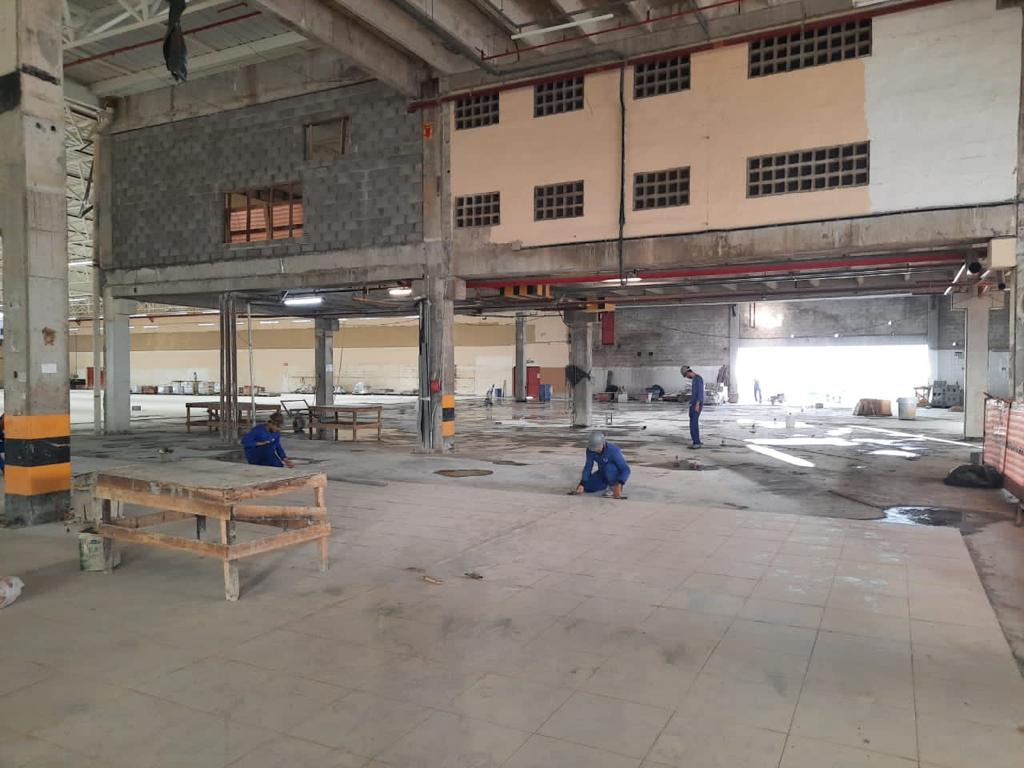 Obras para Home Center Ferreira Costa estão em curso no antigo prédio do Hiper Bompreço Ponta Negra