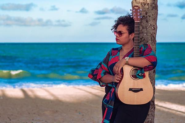 Samara Alves (foto) e Bruna Hetzel estarão juntas no palco com outros artistas como Sâmela Ramos e Erick Von Sohsten, no hotel Ocean Palace