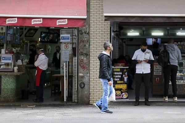 As micro e pequenas empresas responderam por 98,8% dos pontos fechados