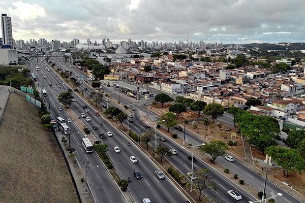 O desmembramento do espaço urbano considera o aproveitamento do sistema viário existente