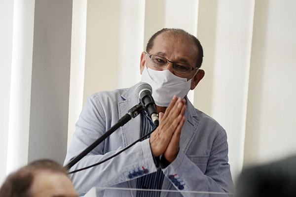 Getúlio Marques, da SEEC/RN, detalhou processo de formatação do TAC e disse que retomada das aulas depende do cenário da pandemia