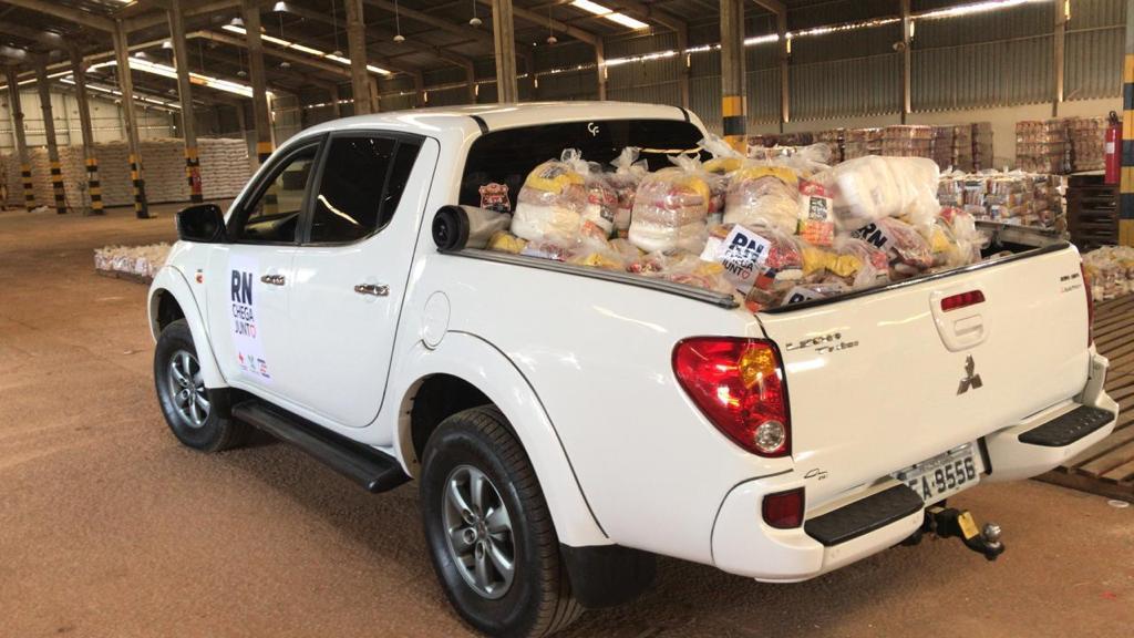 Associação de Off-Road participa de campanha de doação de alimentos