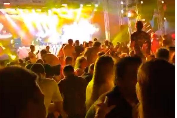 Festas de fim de ano tiveram aglomerações no litoral, principalmente em Pipa e São Miguel do Gostoso