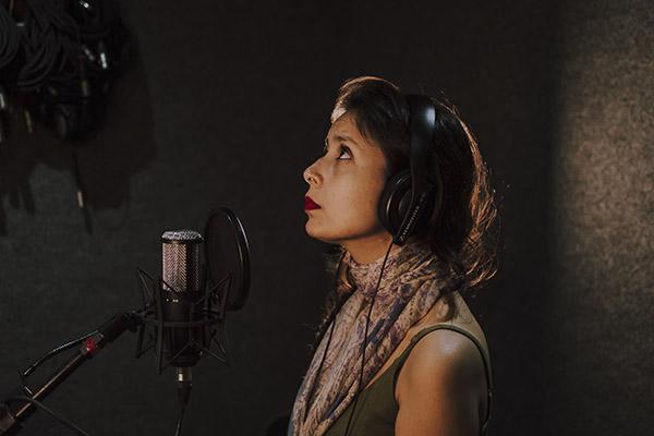 O álbum pretende consolidar a trajetória de Bruna enquanto artista e suas novas facetas