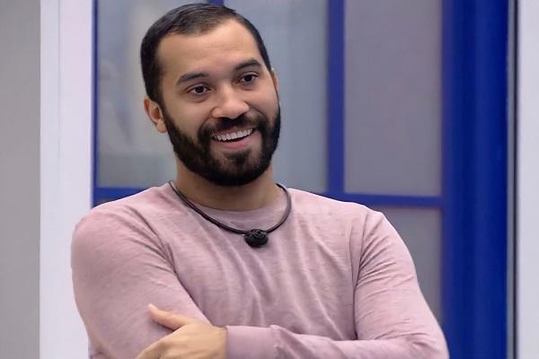 Gilberto enfrenta Arthur e Karol Conká no paredão