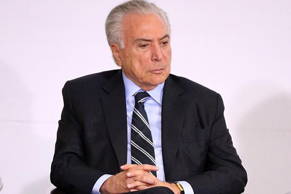 Ex-presidente Michel Temer apresentou a proposta para mudar o sistema de governo, mas enfrenta resistência à ideia