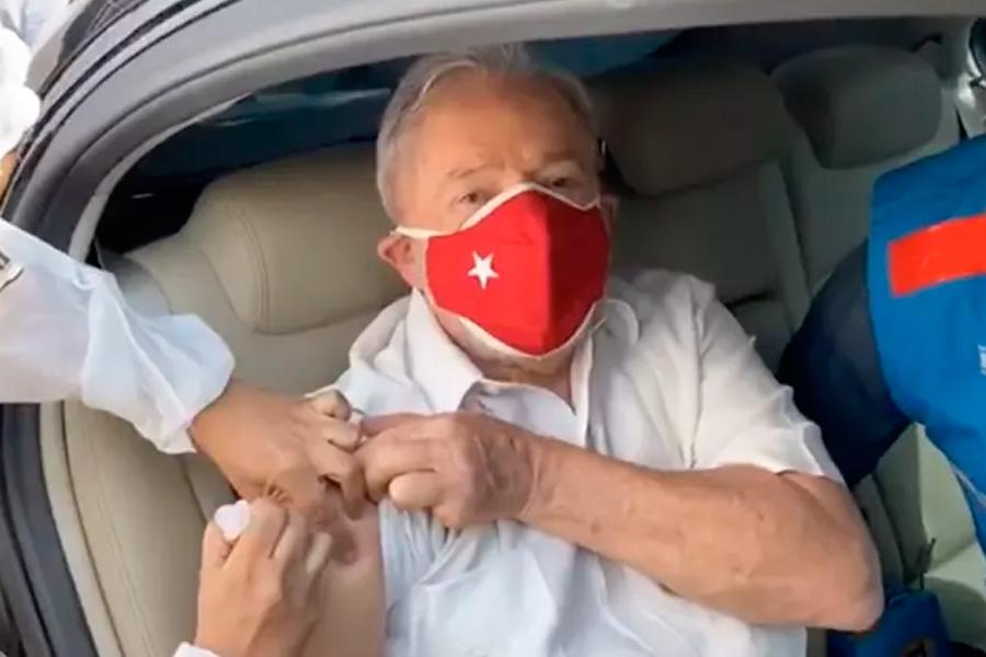 Lula tomou a segunda dose da vacina na manhã deste sábado