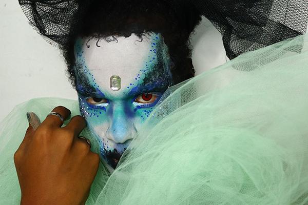 """""""Automaquiagem Drag"""", com Judson Andrade, mostra possibilidades e potências da arte drag"""
