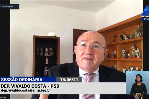 Vivaldo Costa defendeu adiamento na instalação da Comissão