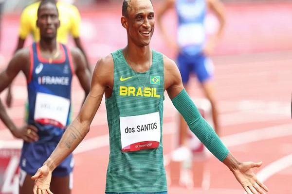 Brasileiro é bronze nos 400m