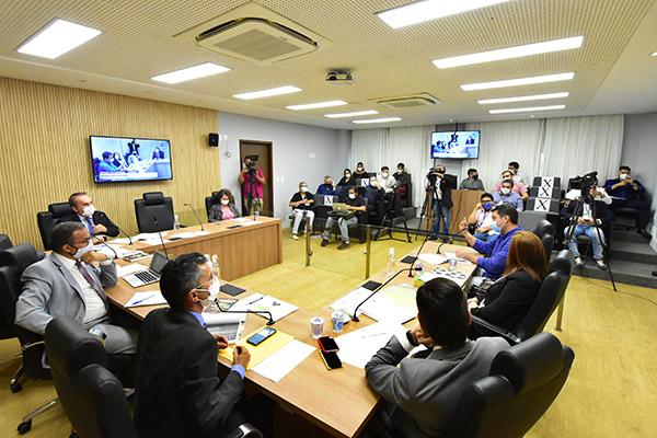 Deputados que integram a Comissão Parlamentar de Inquérito ouviram novas testemunhas