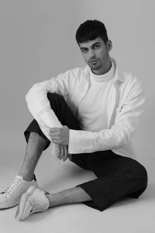 """Gabriel Halfstron, vencedor da edição 2020 também se encontra na capistal paulista """"modelando"""" para Another Agency"""