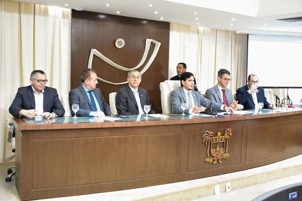 Em abril de 2019, momento da instalação da FRENCOOP, presidida pelo deputado estadual George Soares (PL)
