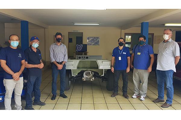 O empresário Marcos Neves (segundo da direita para a esquerda) recebe executivos da UFRN,Projeto VERENA, SENAI-RN e o CTGAS-ER (Centro de Tecnologias do Gás e Energias Renováveis) do SENAI, para uma visita às instalações da SELVAGEM
