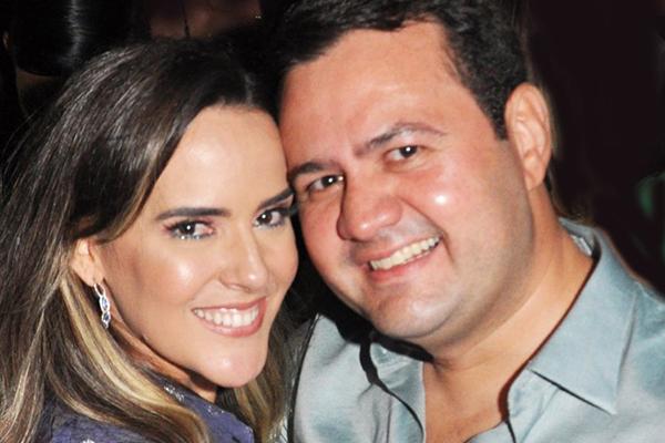 1- Andrea Almeida e Leonardo Melo em clima de romantismo