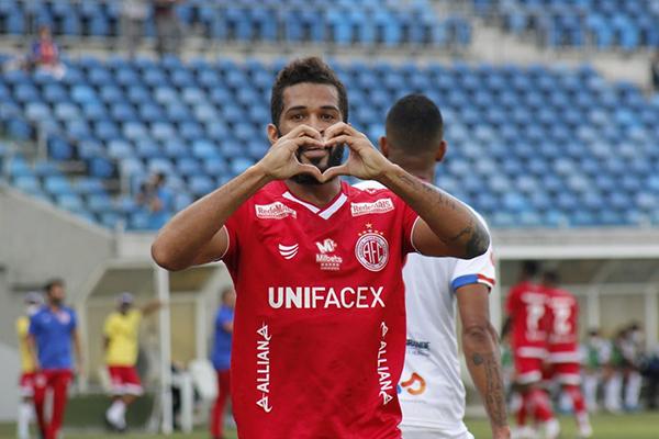 Com sete gols marcados, Alvinho destaca que o grupo americano tem força para superar o Itabaiana