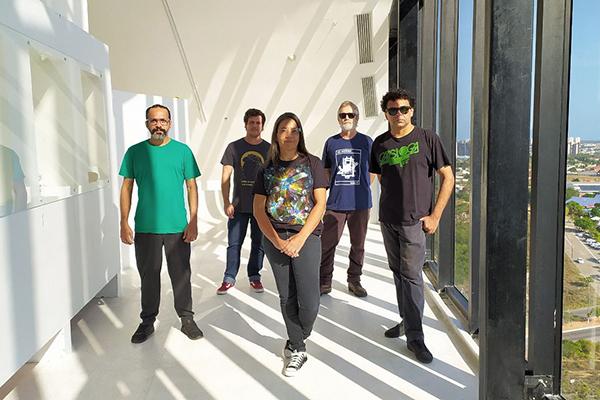 Para a apresentação gravada no Paruq da Cidade, a banda do Rio Grande do Norte montou um formato de quinteto