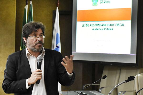 Aldemir Freire tinha afirmado que o déficit estimado para este ano seria menor do que o previsto no período de aceleração da crise