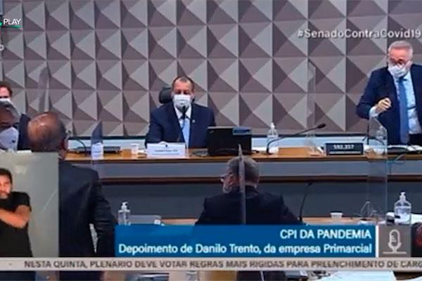 Renan Calheiros e Jorginho Mello foram separados para evitar agressões físicas