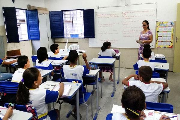O Brasil tem 172.030 professores e professoras de língua inglesa na educação básica