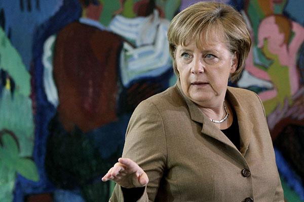 Chanceler Angela Merkel não concorre nesta eleição, mas decidiu ajudar na campanha