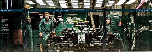 Os carros de Fórmula 1 não foram à pista em Sochi