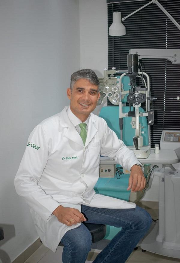 3-DIA DA VISÃOOftalmo Pedro Paulo Cabral fazendo oftalmologia de ponta