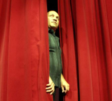TRAJETÓRIA - Costa Filho comemora 30 anos de teatro