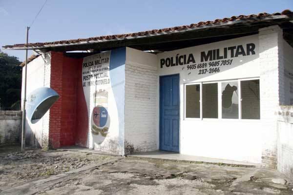 Posto de Cotovelo está isolado, sem nenhum tipo de comunicação e com as janelas quebradas
