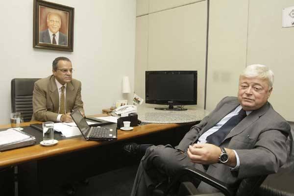 Ricardo Teixeira desmente versão sobre mudanças de rumo da Fifa e garante ao deputado Henrique Alves a presença de Natal entre as sedes da copa