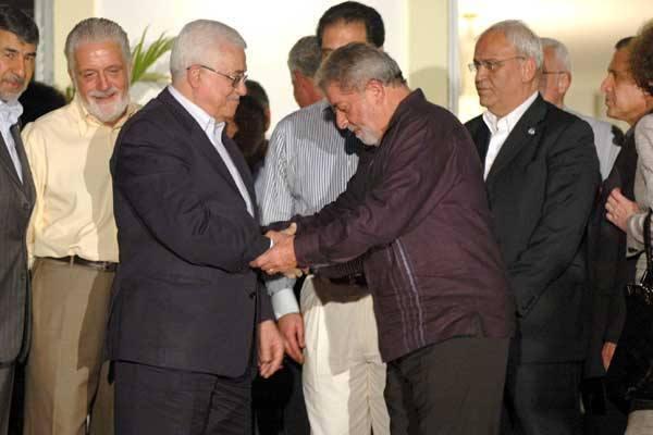"""""""Eu sonho com Palestina livre no Oriente Médio"""", diz Lula na Cisjordânia"""