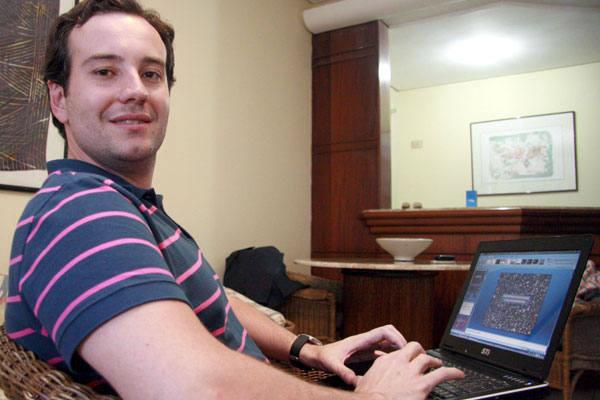 A internet tanto amplifica as características positivas, quanto pode fazer surgir uma crise, diz Rodrigo