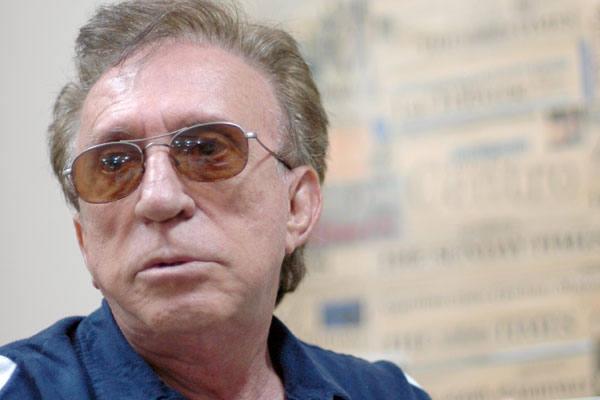 Artista multifacetado, Moacyr Franco é cantor, ator, humorista e escritor
