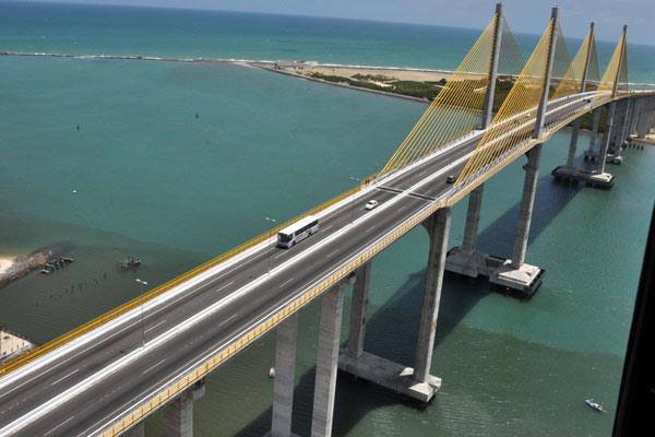 Representantes de vários setores acreditam que a zona Norte precisa mais do que uma ponte