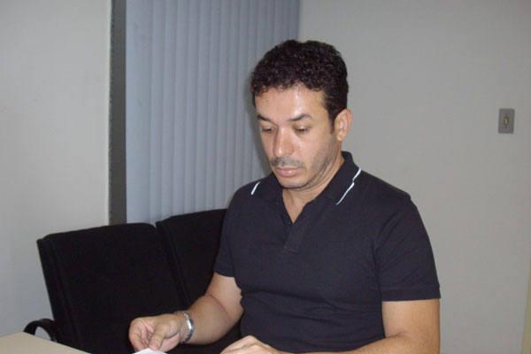 """Torres Filho evita dar detalhes do hotel: """"Não posso dizer qual será, mas será na orla"""""""