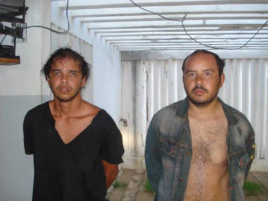 Os dois homens que foram presos pelo roubo do cofre com R$ 40 mil ontem, em Japi