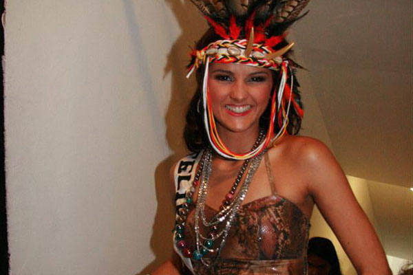 A Miss Felipe Guerra, Carol Reis