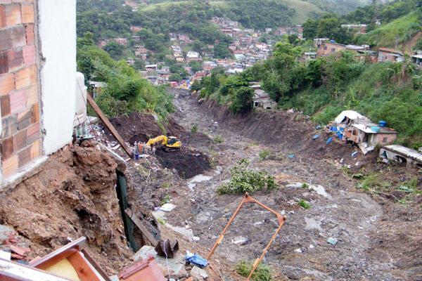 Deslizamento no Morro do Bumba