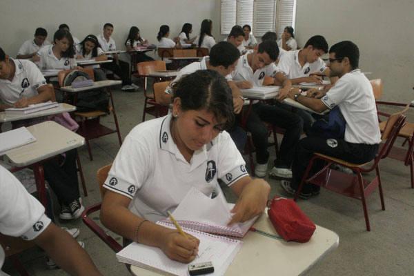 Novos currículos foram implantados em escolas do ensino médio pela Secretaria da Educação do RN