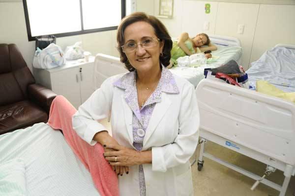 Edilza Pinheiro, diretora da Escola Maternidade Januário Cicco, defensora do parto humanizado