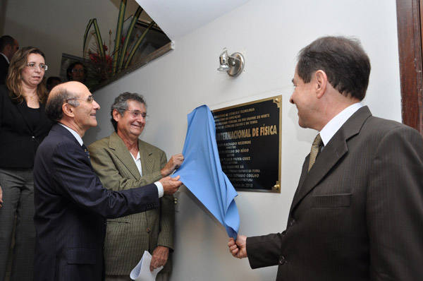Inauguração da sede do Instituto Internacional de Física