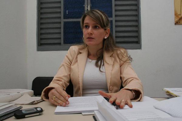 Promotora Isabelita Garcia  explica que essa é a oportunidade de discutir a otimização dos serviços
