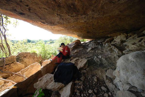 A Gruta da Carrapateira, em Felipe Guerra, foi uma das três grutas que abrigaram os fugitivos do bando de Lampião, expulsos de Mossoró