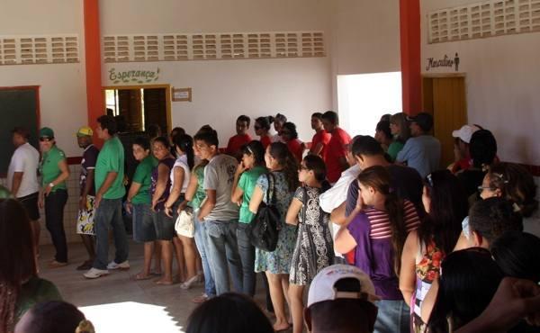 Resultado de imagem para fila para votar
