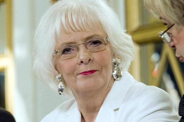 Johanna Sigurdardottir, de 67 anos, casada com uma antiga namorada:   vida pessoal não interfere na política nem escandaliza eleitores